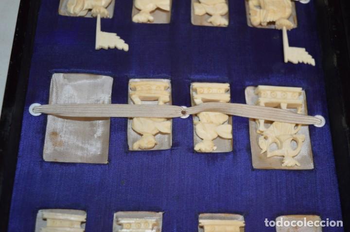 Juegos de mesa: Antiguo ESTUCHE/CAJA AJEDREZ / Piezas en hueso o similar, talladas cada una a mano ¡Precioso, MIRA! - Foto 9 - 240083890
