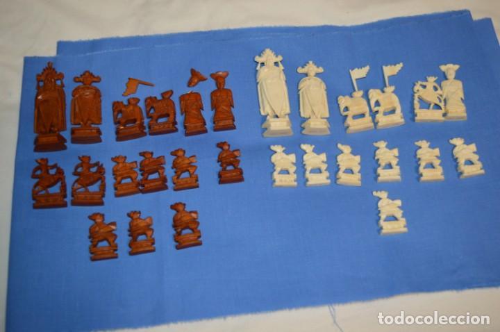 Juegos de mesa: Antiguo ESTUCHE/CAJA AJEDREZ / Piezas en hueso o similar, talladas cada una a mano ¡Precioso, MIRA! - Foto 12 - 240083890