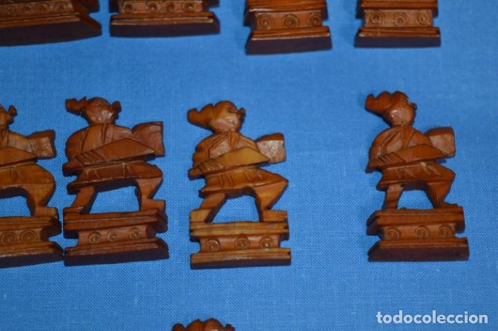 Juegos de mesa: Antiguo ESTUCHE/CAJA AJEDREZ / Piezas en hueso o similar, talladas cada una a mano ¡Precioso, MIRA! - Foto 19 - 240083890