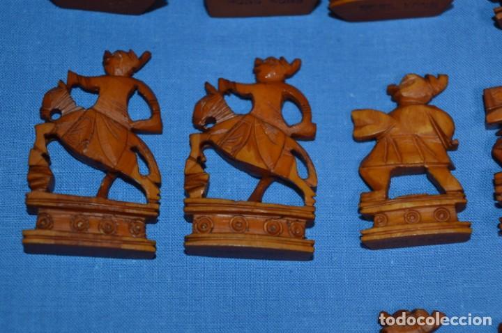 Juegos de mesa: Antiguo ESTUCHE/CAJA AJEDREZ / Piezas en hueso o similar, talladas cada una a mano ¡Precioso, MIRA! - Foto 21 - 240083890