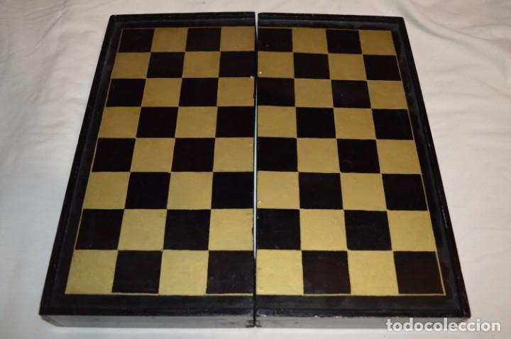 Juegos de mesa: Antiguo ESTUCHE/CAJA AJEDREZ / Piezas en hueso o similar, talladas cada una a mano ¡Precioso, MIRA! - Foto 37 - 240083890