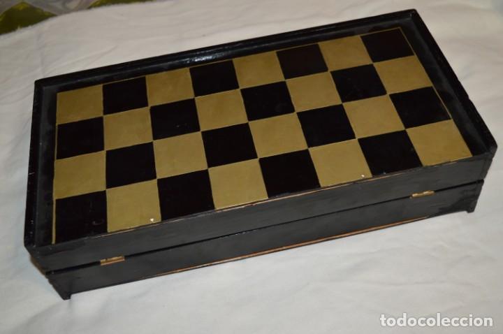 Juegos de mesa: Antiguo ESTUCHE/CAJA AJEDREZ / Piezas en hueso o similar, talladas cada una a mano ¡Precioso, MIRA! - Foto 38 - 240083890