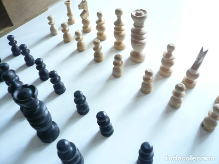 Juegos de mesa: ANTIGUO AJEDREZ PEQUEÑO. FICHAS DE MADERA TIPO REGENCIA. EN CAJA Y SIN TABLERO. COMPLETO - Foto 7 - 240270495