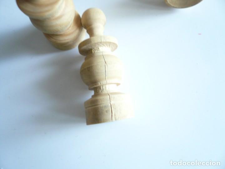 Juegos de mesa: ANTIGUO AJEDREZ PEQUEÑO. FICHAS DE MADERA TIPO REGENCIA. EN CAJA Y SIN TABLERO. COMPLETO - Foto 12 - 240270495