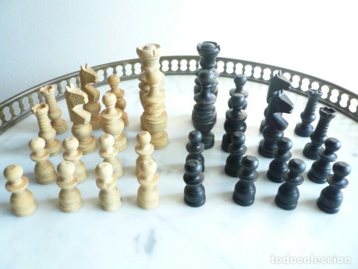 Juegos de mesa: ANTIGUO AJEDREZ PEQUEÑO. FICHAS DE MADERA TIPO REGENCIA. EN CAJA Y SIN TABLERO. COMPLETO - Foto 20 - 240270495