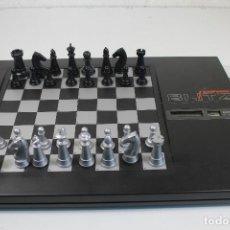 Juegos de mesa: AJEDREZ ELECTRONICO KASPAROV BLITZ. Lote 245509725