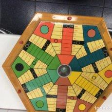 Juegos de mesa: PARCHÍS DE BOTÓN PARA SEIS JUGADORES. DE MADERA Y CRISTAL.. Lote 247765710