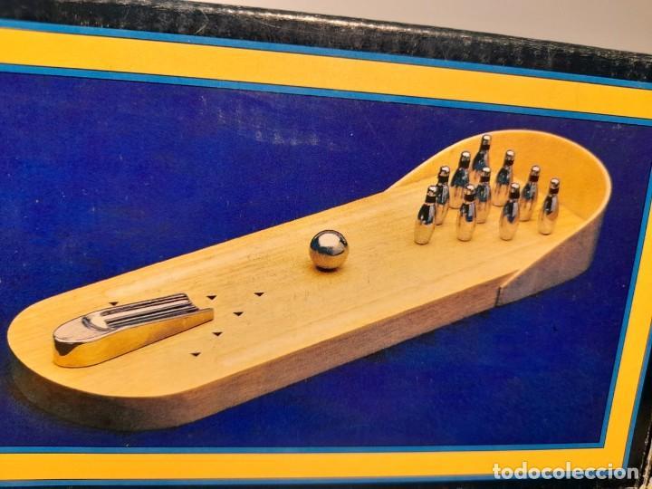 Juegos de mesa: SKITTLES VINTAGE GAME ( JUEGO DE BOLOS, PISTA BASE DE MADERA, BOLOS DE METAL ) BOWLING - Foto 2 - 254358385