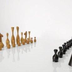 Juegos de mesa: EXCLUSIVAS PIEZAS DE AJEDREZ DADAÍSTA, MEDIADOS DE SIGLO.. Lote 254539285
