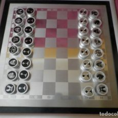 Juegos de mesa: ANTIGUO JUEGO DE DAMAS EN ALUMINIO CON IMAN. TAPA ALUMINIO. AÑOS 80. Lote 257955545