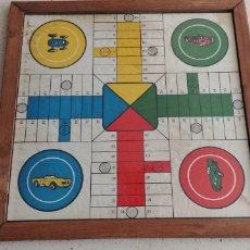 Juegos de mesa: ANTIGUO TABLERO PARCHIS Y OCA EN MADERA Y CRISTAL. Lote 269201103