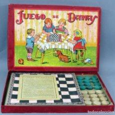 Jeux de table: JUEGO DE DAMAS ENRIQUE BORRÁS Y CÍA MATARÓ COMPLETO AÑOS 40. Lote 269655153