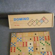 Juegos de mesa: DOMINO DE MADERA DECORADA EN COLORES. Lote 270225868