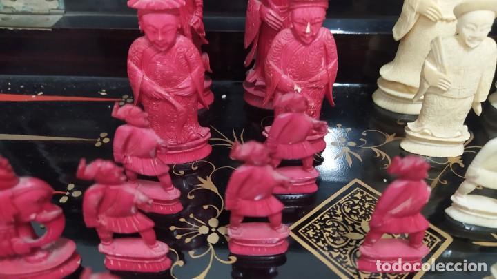 Juegos de mesa: Ajedrez con tablero de laca china y piezas de marfil tallado, finales XIX - Foto 4 - 272649213