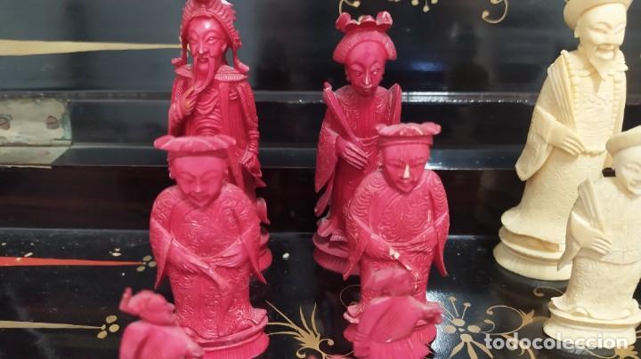Juegos de mesa: Ajedrez con tablero de laca china y piezas de marfil tallado, finales XIX - Foto 5 - 272649213