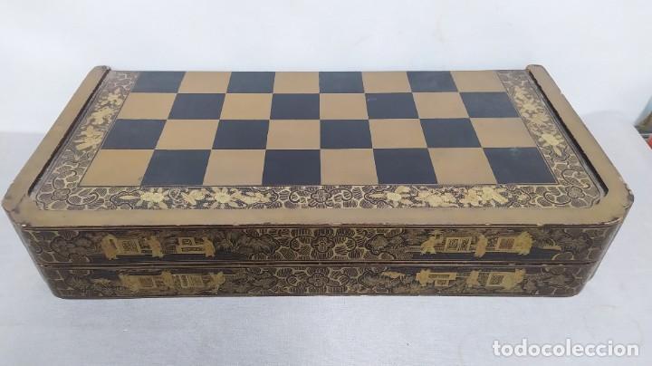 Juegos de mesa: Ajedrez con tablero de laca china y piezas de marfil tallado, finales XIX - Foto 10 - 272649213