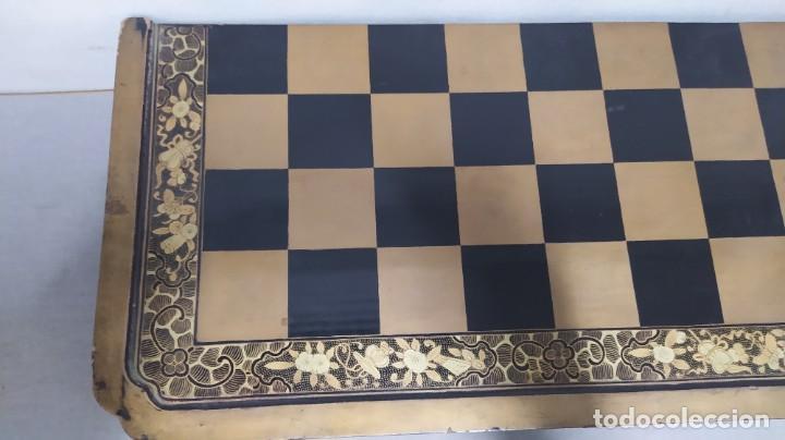 Juegos de mesa: Ajedrez con tablero de laca china y piezas de marfil tallado, finales XIX - Foto 12 - 272649213
