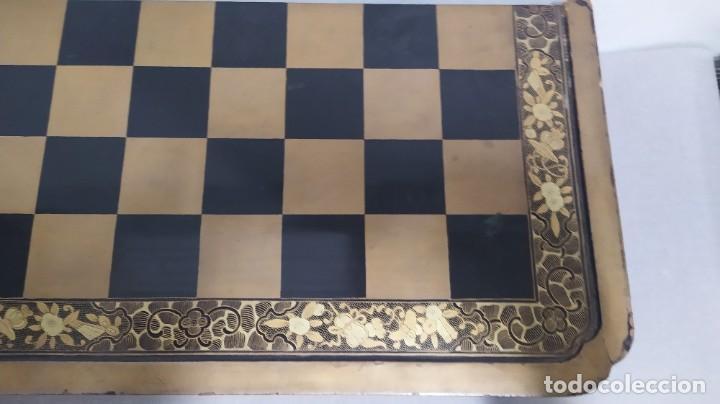 Juegos de mesa: Ajedrez con tablero de laca china y piezas de marfil tallado, finales XIX - Foto 13 - 272649213