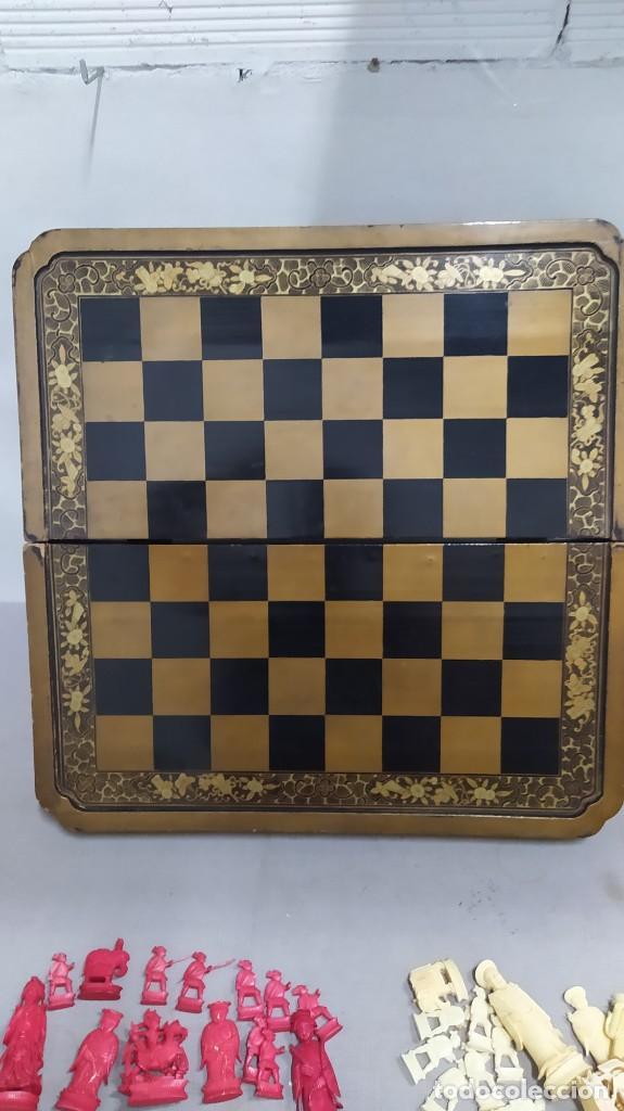 Juegos de mesa: Ajedrez con tablero de laca china y piezas de marfil tallado, finales XIX - Foto 26 - 272649213