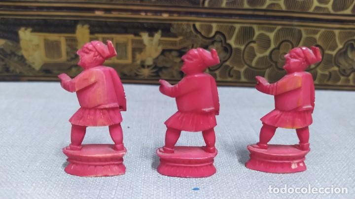 Juegos de mesa: Ajedrez con tablero de laca china y piezas de marfil tallado, finales XIX - Foto 36 - 272649213