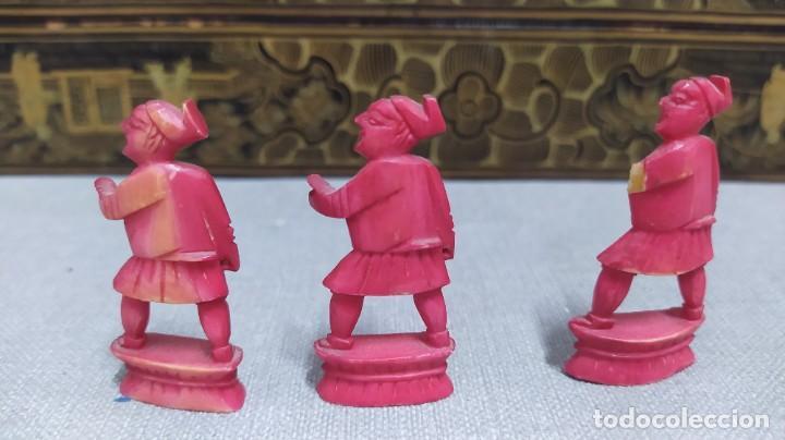 Juegos de mesa: Ajedrez con tablero de laca china y piezas de marfil tallado, finales XIX - Foto 38 - 272649213
