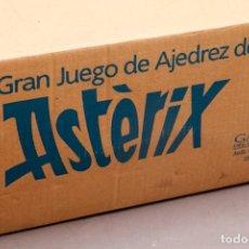 Juegos de mesa: ASTERIX Y OBELIX - AJEDREZ DE COLECCION - NUEVO - TABLERO DE MARMOL Y PIEZAS ACABADAS EN PLATA. Lote 277136738