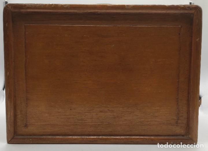 Juegos de mesa: Juego de mesa chino Mah- Jongg, caja en madera tallada con aplicaciones en bronce y fichas en hueso - Foto 10 - 277728558
