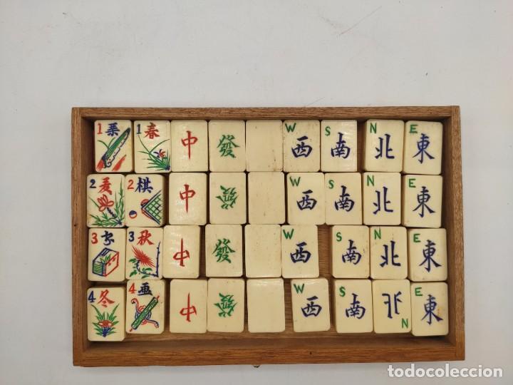 Juegos de mesa: Juego de mesa chino Mah- Jongg, caja en madera tallada con aplicaciones en bronce y fichas en hueso - Foto 13 - 277728558