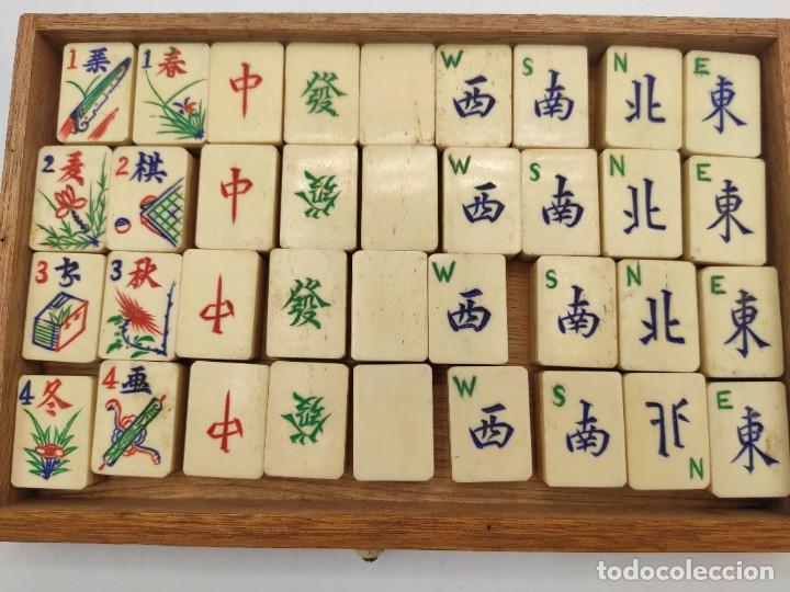 Juegos de mesa: Juego de mesa chino Mah- Jongg, caja en madera tallada con aplicaciones en bronce y fichas en hueso - Foto 14 - 277728558