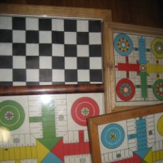 Juegos de mesa: LOTE 4 TABLERO PARCHIS Y AJEDREZ DE DISTINTAS MEDIDAS . MARCO MADERA Y CRISTAL. Lote 284663178