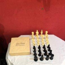 Jogos de mesa: PRECIO LOTE FIGURAS AJEDREZ ANTIGUAS. Lote 292405608