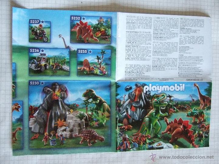 PLAYMOBIL - PEQUEÑO CATALAGO (DOBLE HOJA) - 2011 - DINOSAURIOS Y OTROS MODELOS (Juguetes - Catálogos y Revistas de Juguetes)