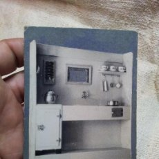 Juguetes antiguos: FOTOGRAFIA MUESTRARIO REPRESENTANTE CATALOGO JUGUETES COCINA MENAJE CASA MUÑECAS ------- AÑOS 40----. Lote 71436407