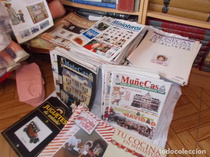 GRAN LOTE DE REVISTAS ,CASA DE MUÑECAS ,MINIATURAS , Y MUÑECAS DE PORCELANA(VER FOTOS) (Juguetes - Catálogos y Revistas de Juguetes)