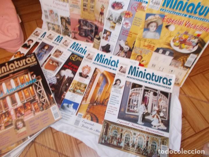 Juguetes antiguos: Gran lote de revistas ,casa de muñecas ,miniaturas , y muñecas de porcelana(ver fotos) - Foto 3 - 90887340