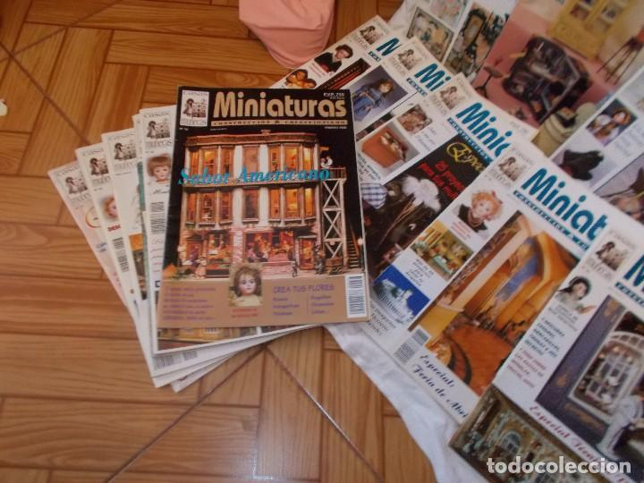 Juguetes antiguos: Gran lote de revistas ,casa de muñecas ,miniaturas , y muñecas de porcelana(ver fotos) - Foto 4 - 90887340