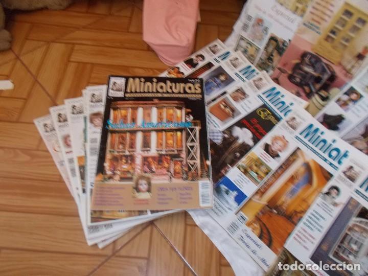 Juguetes antiguos: Gran lote de revistas ,casa de muñecas ,miniaturas , y muñecas de porcelana(ver fotos) - Foto 5 - 90887340