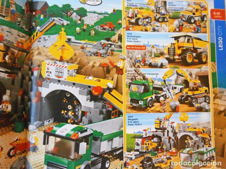Juguetes antiguos: 2012 Catalogo lego diciembre star wars lego city - Foto 3 - 94689935