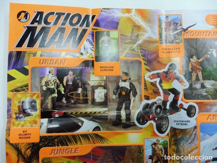 Juguetes antiguos: Catálogo desplegable póster Action Man Hasbro 1999 - Foto 4 - 119003840