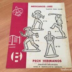 Juguetes antiguos: PECH HERMANOS MEXICANOS JUEZ PLASTICO TODO COLOR HOJA CATALOGO (COIB35). Lote 179198746
