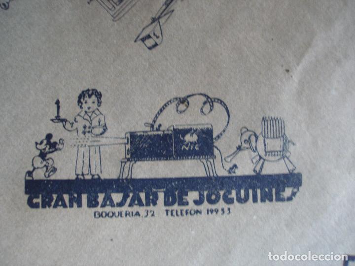 Juguetes antiguos: Antiguo pliego de envolver Gran bazar de joguines Vicens Capdevila Barcelona años 30 - Foto 3 - 194611837