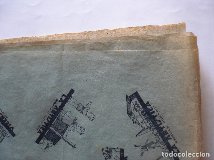 Juguetes antiguos: Antiguo pliego de envolver Gran bazar de joguines Vicens Capdevila Barcelona años 30 - Foto 15 - 194611837