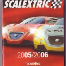 Juguetes antiguos: SCALEXTRIC - CATALOGO 2005/2006 - IMPECABLE - 42 PAGINAS. Lote 195418380