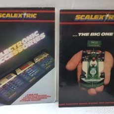 Juguetes antiguos: CATALOGOS SCALEXTRIC 21ST EDITION Y ELECTRONIC ACCESORIES . Lote 196335087