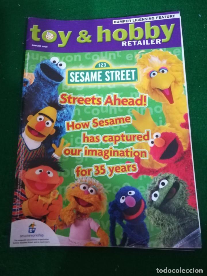 REVISTA TOY & HOBBY , AGOSTO 2005, EN INGLES (Juguetes - Catálogos y Revistas de Juguetes)