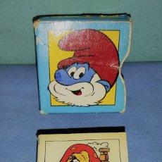 Juguetes antiguos: CATALOGO EL MARAVELLOS MON DEL BARRUFETS PITUFOS AÑO 1983 DE TIMUN MAS. Lote 277037478
