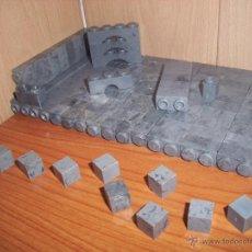 Juguetes antiguos Exin: EXIN CASTILLOS: LOTE DE 150 PIEZAS GRISES VARIADAS. Lote 47168516