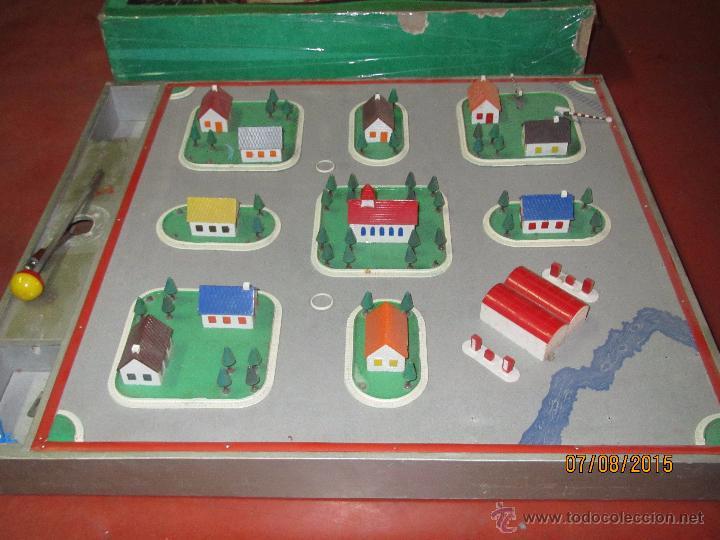 Juguetes antiguos Exin: Antiguo Juego TRAFICO MAGNETICO con Caja de Madera de EXIN - Año 1960s. - Foto 4 - 50653799