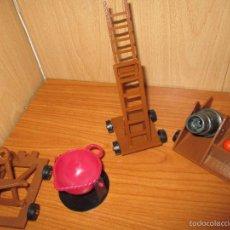 Brinquedos antigos Exin: EXIN CASTILLOS: LOTE ACCESORIOS DE ASALTO. Lote 110699628