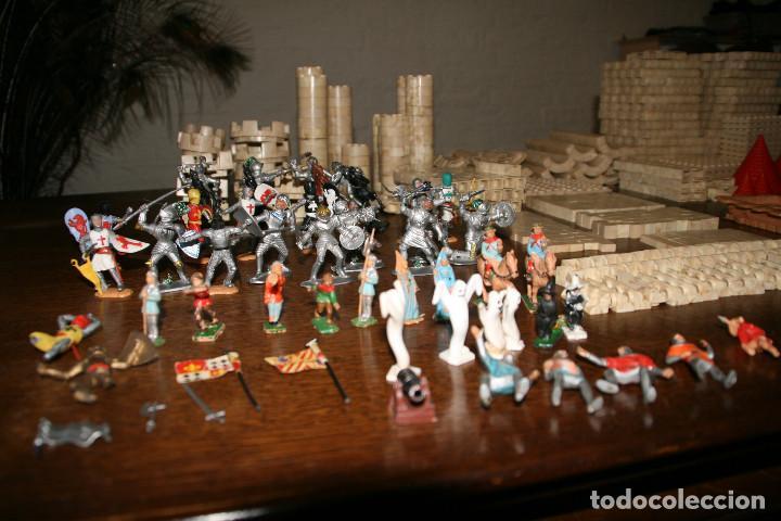 Juguetes antiguos Exin: Gran lote exin castillos - castillo - 45 figuras + 2089 piezas - Foto 3 - 86157396